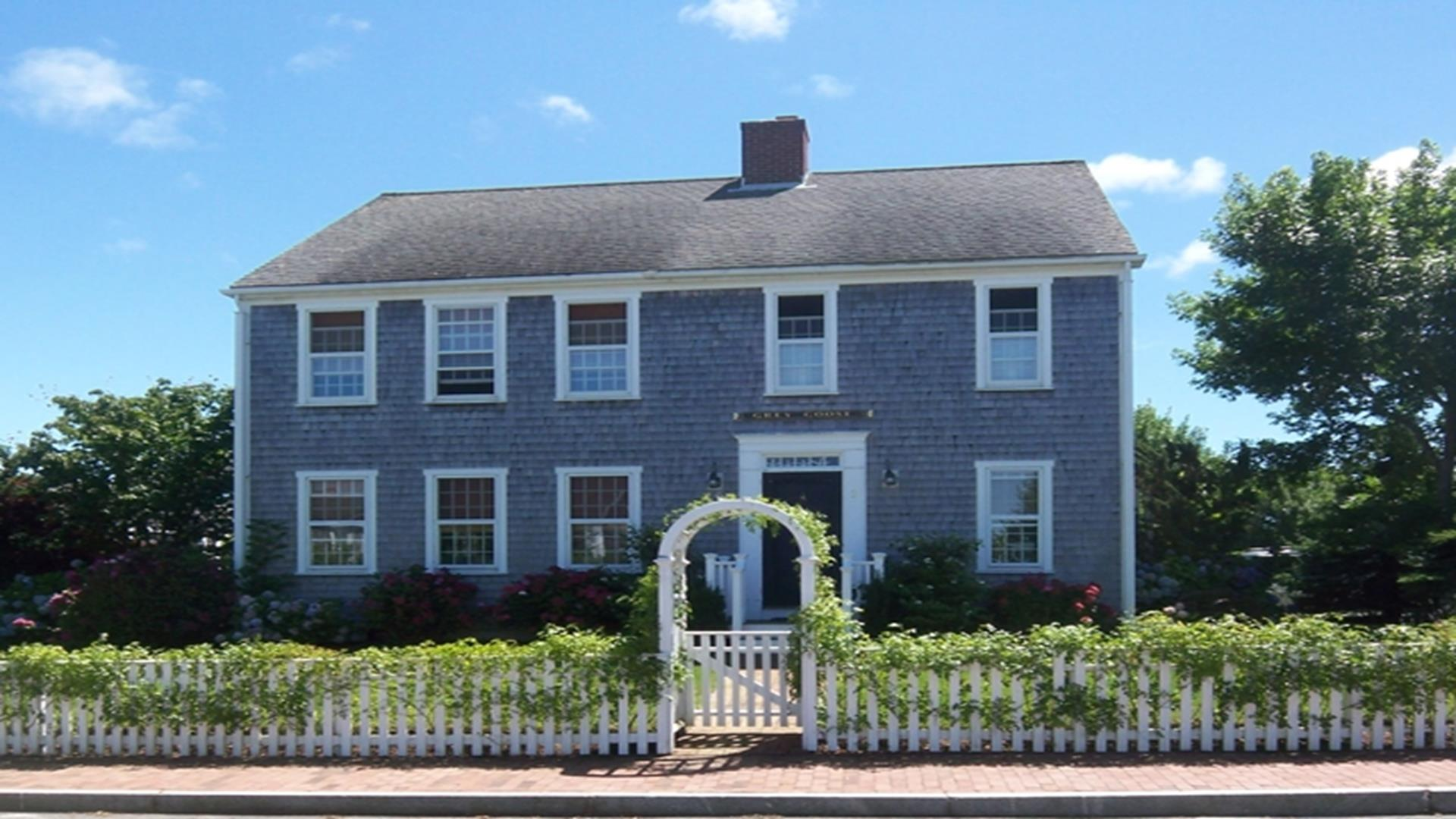 Nantucket Naushop