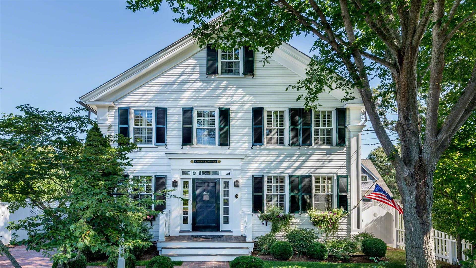 Ultimate Luxury in Edgartown Village